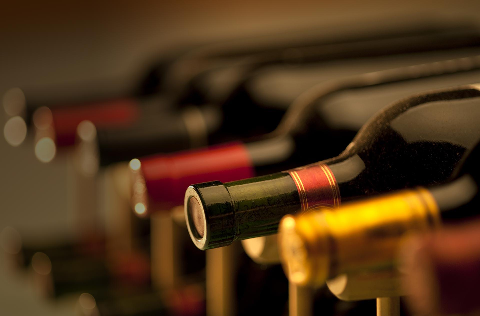 Cave à vin : S'équiper avec une cave à vin chez vous ? La vraie bonne idée pour les amateurs de vin